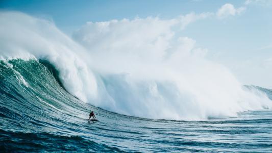 汹涌澎湃的海浪