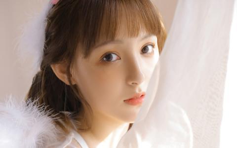 清纯少女白色纯美写真