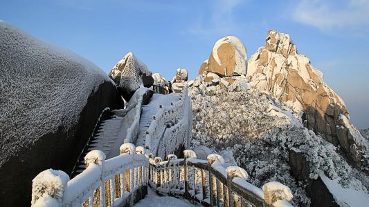 安徽天柱山雪景