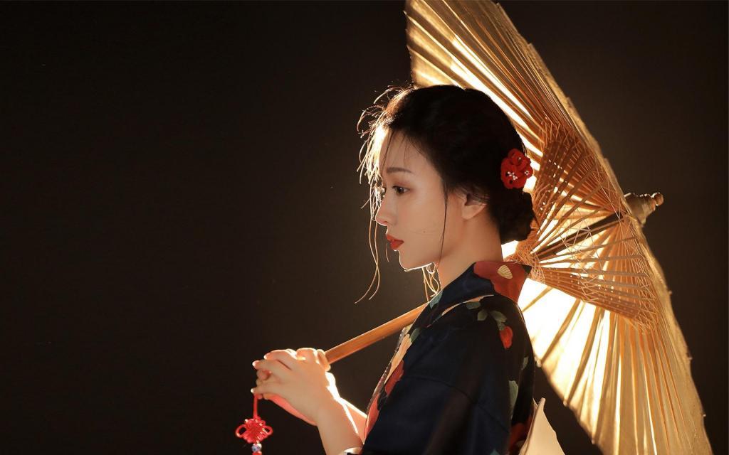 日系和服美女性感迷人写真