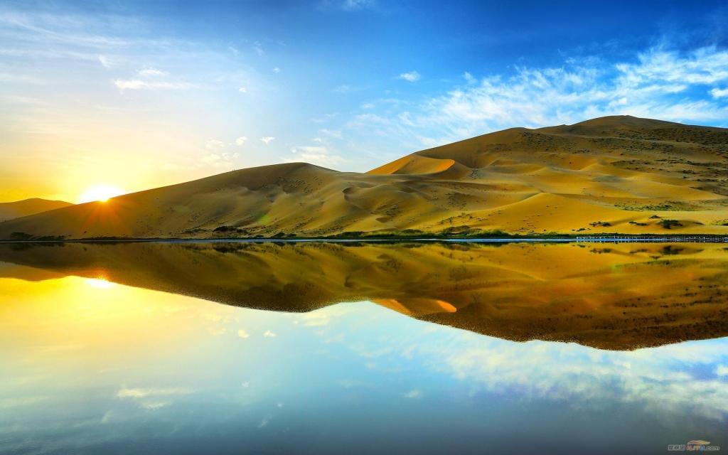 贝加尔湖的湖面风景