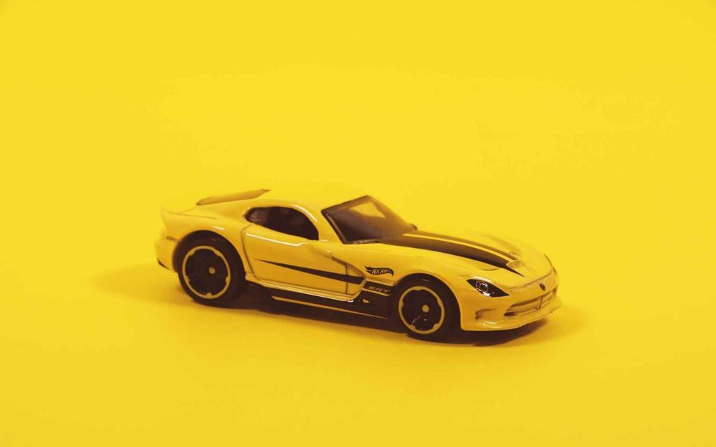 迷你小汽车玩具