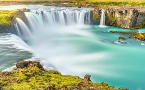 壮观的大自然山川瀑布风景