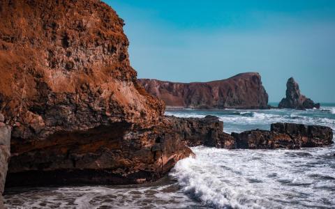 陡峭山崖唯美自然风景