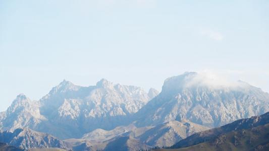 壮观的青海卓尔山自然风光