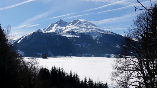 冬日雪山壮丽美景