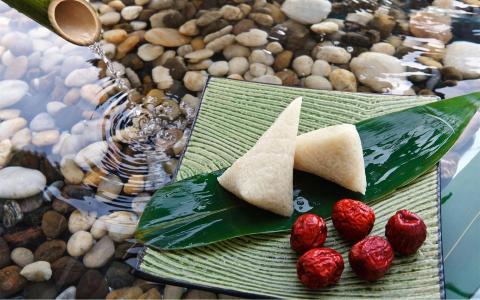 端午节粽子的祝福配图
