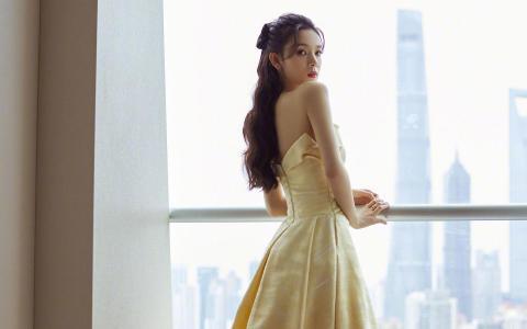 陈瑶淡黄公主裙性感迷人写真