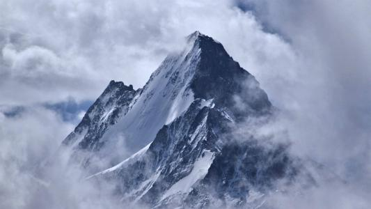 绝美山脉唯美风景