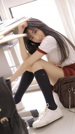 青春活力美少女校园体操制服写真