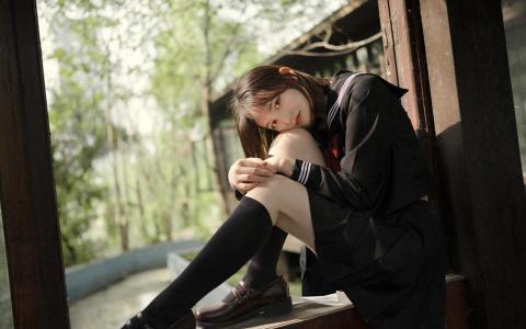清纯女孩制服诱惑性感迷人写真